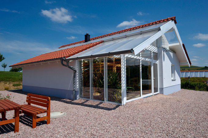 house-1752-bio-solar-haus-barrierefreies-haus-mit-wintergarten