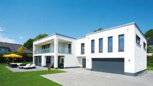 house-1983-klassisch-modernes-haus-im-bauhaus-stil-von-buedenbender-2
