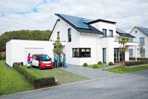 house-2528-das-pultdach-schafft-viel-platz-fuer-die-photovoltaik-1