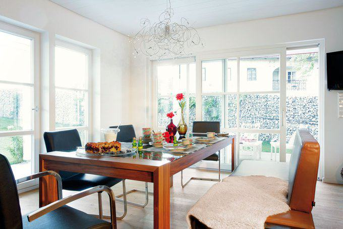 house-1043-modernes-einfamilienhaus-mit-satteldach-plan-679-2-von-schwoerer-1