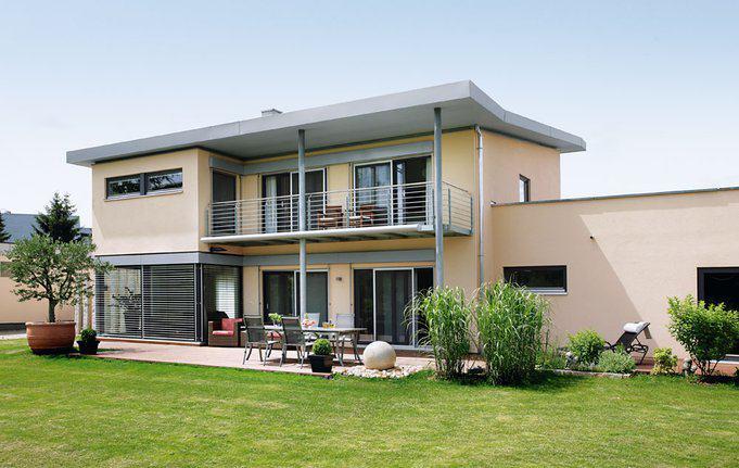 house-1607-moderner-entwurf-mit-z-dach-plan-670-s-von-schwoerer-3