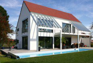 house-1789-schluesselfertig-mit-eigenem-pool-homestory-913-von-lehner-1