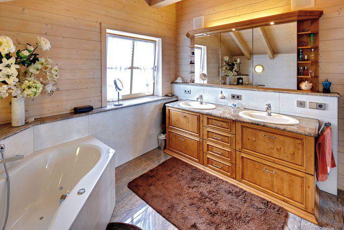 house-2313-das-bad-mit-eckwanne-und-dusche-ist-mit-seinen-fast-14-quadratmetern-groesser-als-die-beiden-schl-1