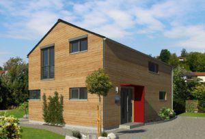 house-2471-natuerliche-moderne-haus-kompakt-von-kitzlinger-strassenseite-1
