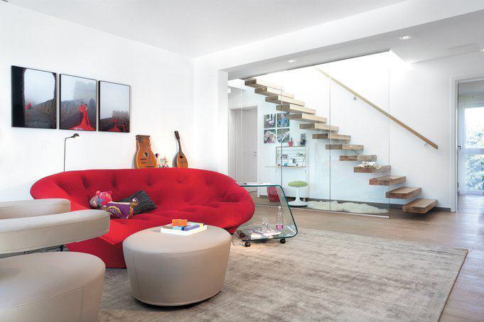 house-2676-design-fuer-die-sinne-kuscheliger-eyecatcher-in-rot-von-ligne-roset-fuer-gemuetliche-gemeinsame-s-2
