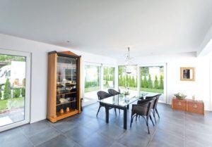 house-2766-blick-in-den-wohnbereich-2