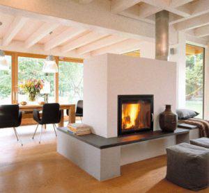 Wohn-Essbereich mit Kamin im Haus Schauer