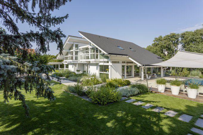 Architektur, die sich zur Sonne öffnet: Das neue HUF-Haus Art6 in Wien.