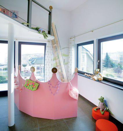 house-410-der-kinderbereich-bittet-auf-der-suedseite-zum-prinzessinnenspiel-mit-zugang-zum-elf-meter-langen-2
