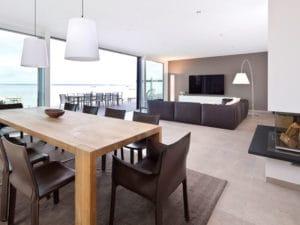 Wohn-Essbereich Villa am Meer von Heinz von Heiden