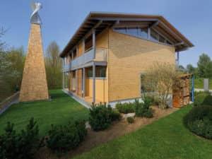 Seitenansicht vom Haus Alpenchic