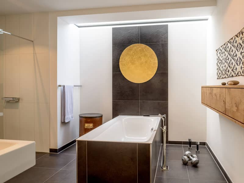 Badezimmer im Baufritz Haus Pawliczec