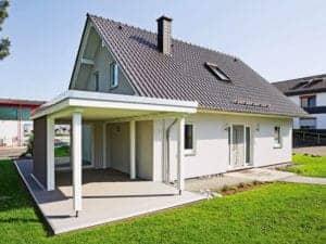 Musterhaus Neunkhausen von Fingerhut Haus Außenansicht Giebelseite