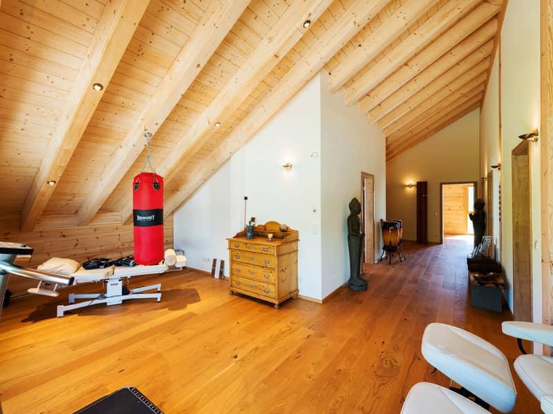 Haus Heroldstatt von Fullwood Therapieraum