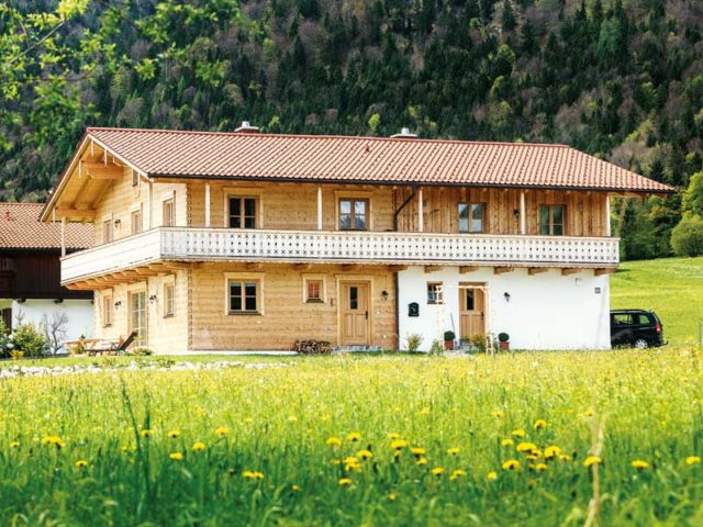 Blockhaus Berchtesgaden von Chiemgauer Hausansicht