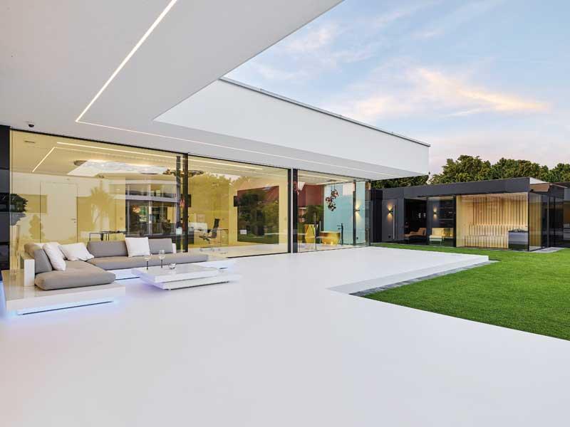 Flachdach 170 von Luxhaus Gartenseite
