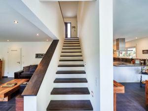 Treppe im Haus der Baufamilie Schneider-Boehm