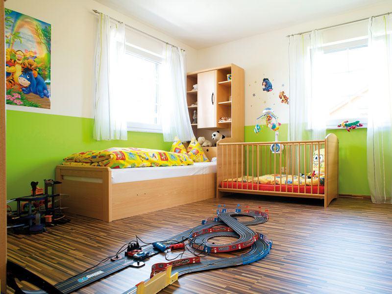 Buntes Kinderzimmer im Wolfsystem-Haus