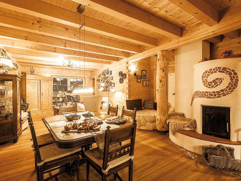 web_Blockhaus Innsbruck Chiemgauer_Wohnzimmer