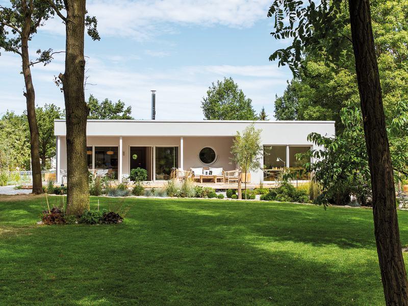 Entwurf Nivo 140 F von Fingerhaus aussen Garten