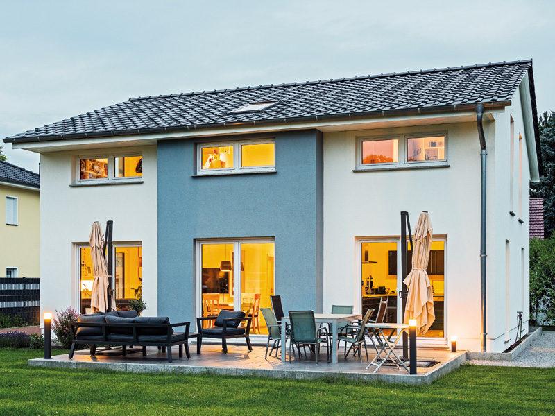 Haus Hamburg von Bau- GmbH Roth. Außenansicht