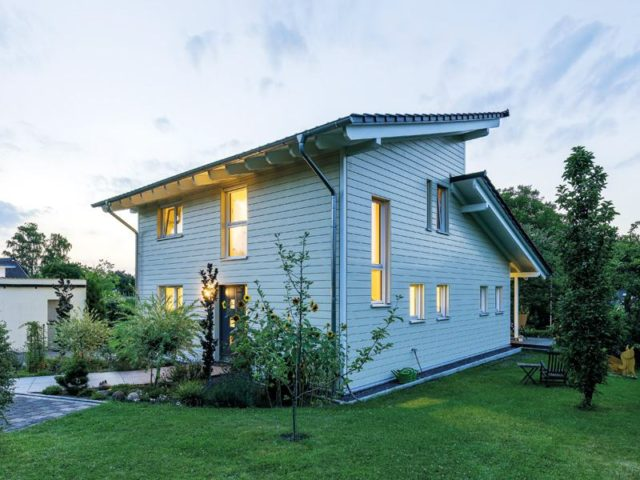 Entwurf Flieder von Stommel Haus Aussen Eingang