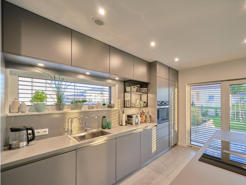 Moderna 202 von Fischer Haus. Küche