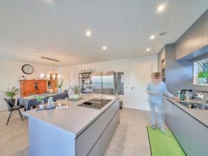 Moderna 202 von Fischer Haus. Kochen und Essen