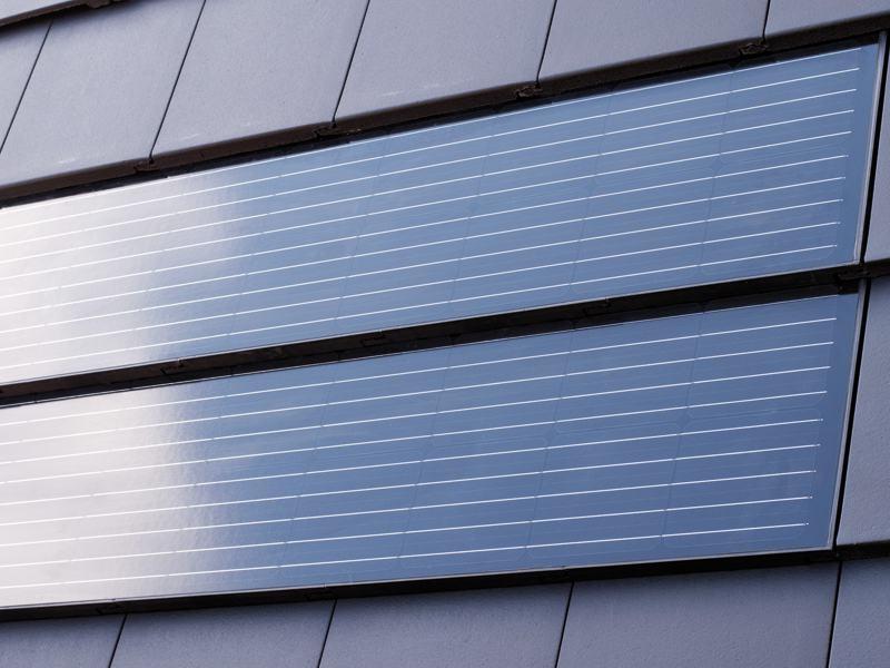 web_Solarziegel_Dach_Nelskamp