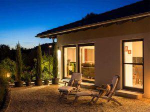 web-arbeiten-und-wohnen-frei-geplantes-Kundenhaus-Terrasse