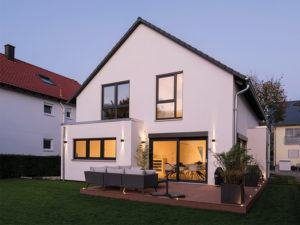 web-Edles Einfamilienhaus - frei geplant von Fingerhaus_Terrasse