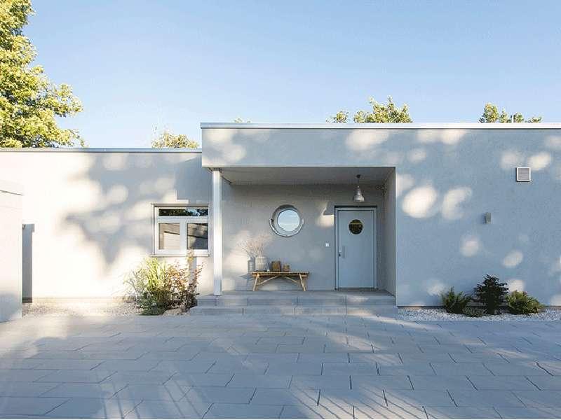 web-Haus -mit-Weitblick-nivo-140-von-fingerhaus-Eingang