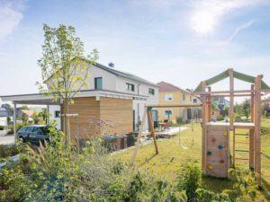 Kundenhaus Sulzdorf von Bittermann & Weiss Wohnen Gartenansicht