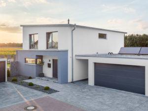 Kundenhaus Geldersheim von Bittermann und Weiss Eingang Garage