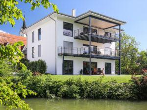 Musterhaus Bohlingen Bodenseehaus Gartenseite