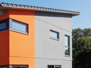 Fassadengestaltung mit farbigem Putz