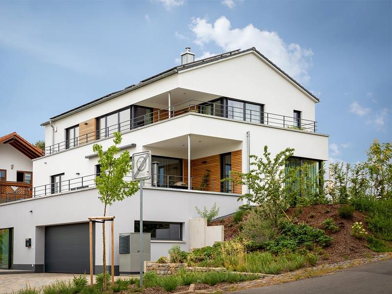 Kundenhaus Freiensteinau von Bittermann & Weiss Holzhaus. Außenansicht