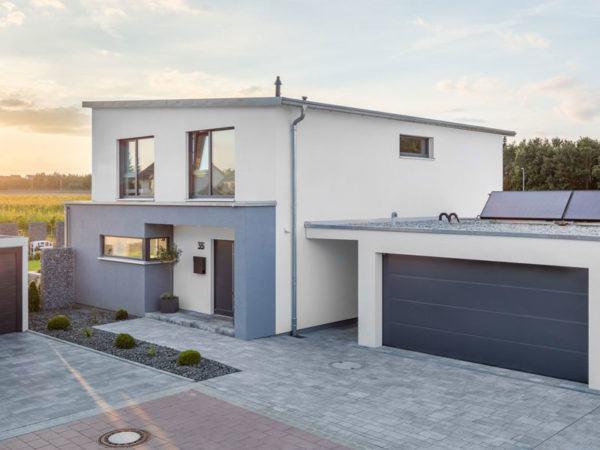 Kundenhaus-Geldersheim-Bittermann-und-Weiss-Eingang-Garage