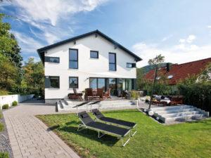 Familienhaus Jäger von Bien-Zenker Aussen