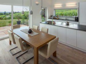 Küche im Haus Augenthaler von Baumeister-Haus