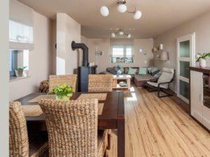 Offener Wohn- und Essbereich im Haus Urban