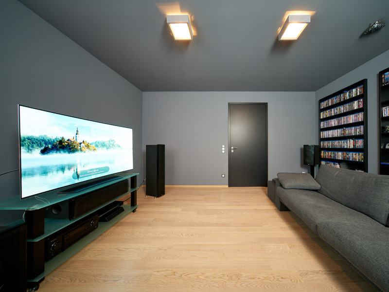 Haus Zech von Baumeisterhaus. Fernsehzimmer im Obergeschoss