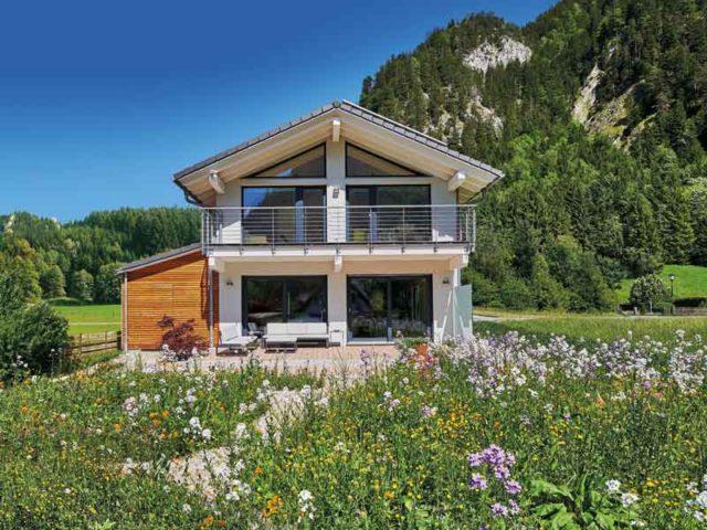 web_Keitel_Haus_Kofelblick_aussen-Terrasse_Wiese