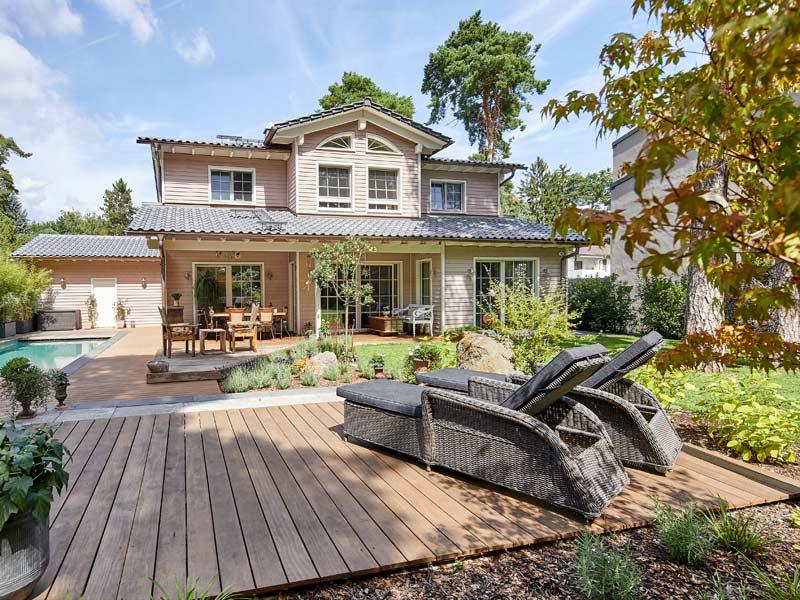 Kundenhaus van Dyck Baufritz Terrasse amerikanisch