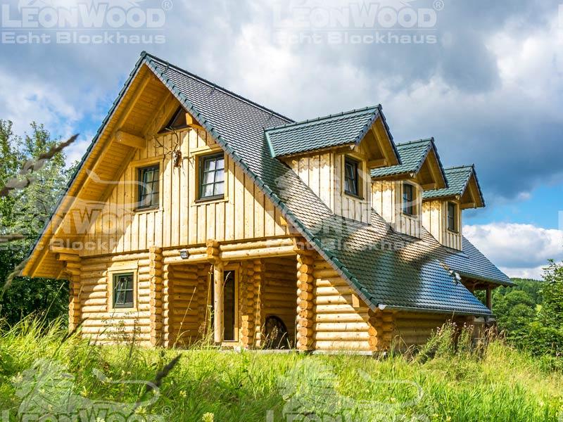 Blockhaus Waldschlösschen von Leonwood. Außenansicht