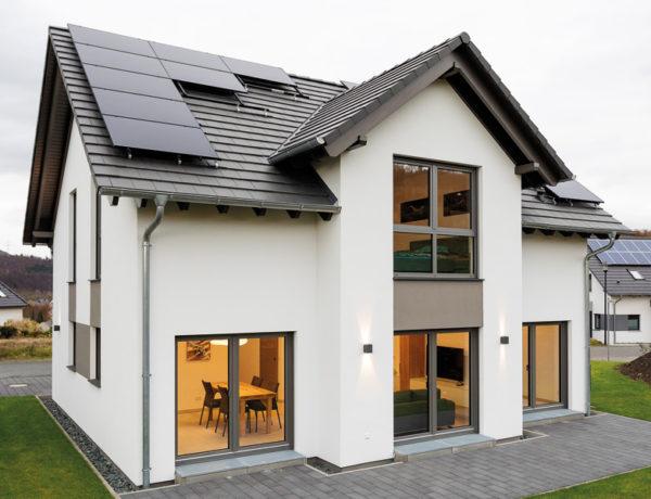 Haus Fortuna von Büdenbender Hausbau. Außenansicht