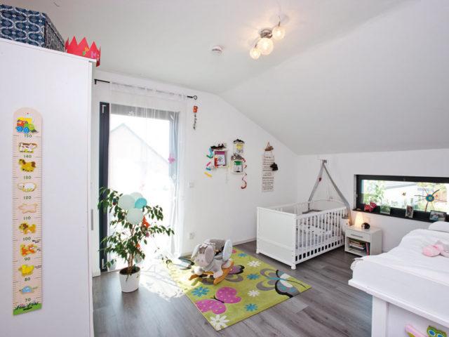 Haus Hilzendegen von Living Fertighaus. Kinderzimmer