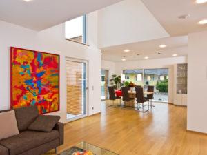 Wohnbereich im Musterhaus Future