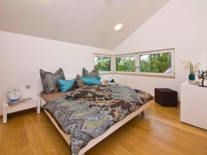 Schlafzimmer im Musterhaus Future