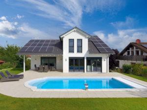 Pool am Haus Wenninger